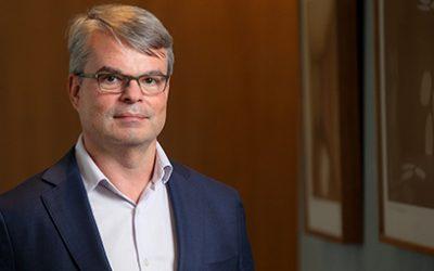 """""""O mercado ficou muito enamorado com o teto de gastos"""", diz Tony Volpon, da gestora WHG"""